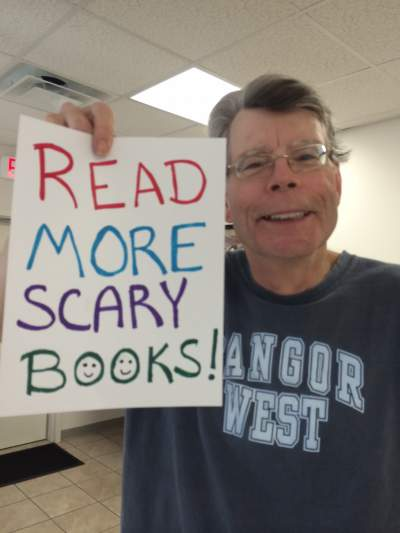 Stephen King - Horror Selfies